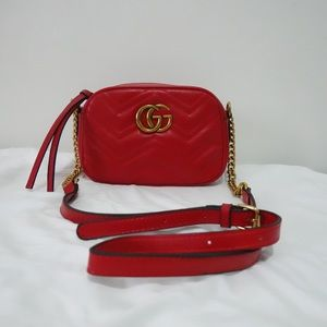 Gucci GG marmont camera crossbody red